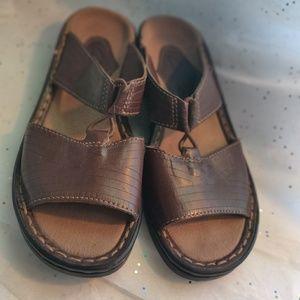 Clark's slip ones